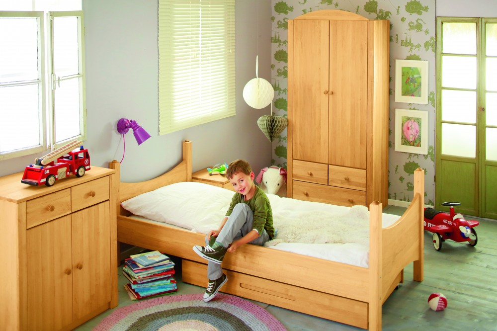 biokinder spar set kinderzimmer komplett bett kommode. Black Bedroom Furniture Sets. Home Design Ideas